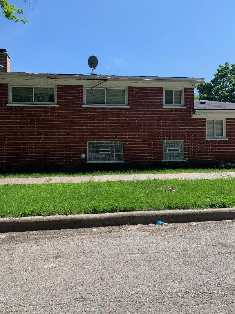 11337 South Aberdeen, Chicago, Illinois, 60643