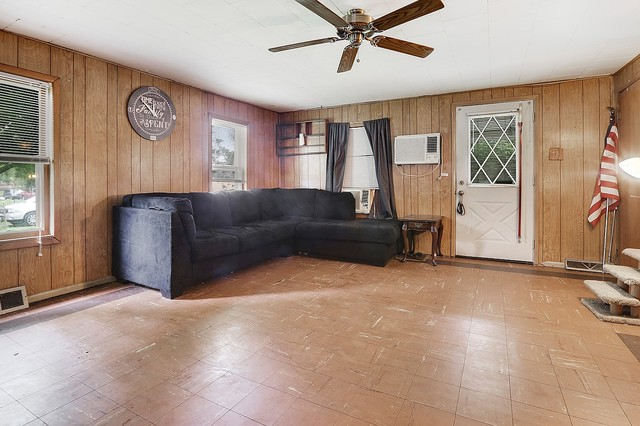 3301 Morgan, Steger, Illinois, 60475