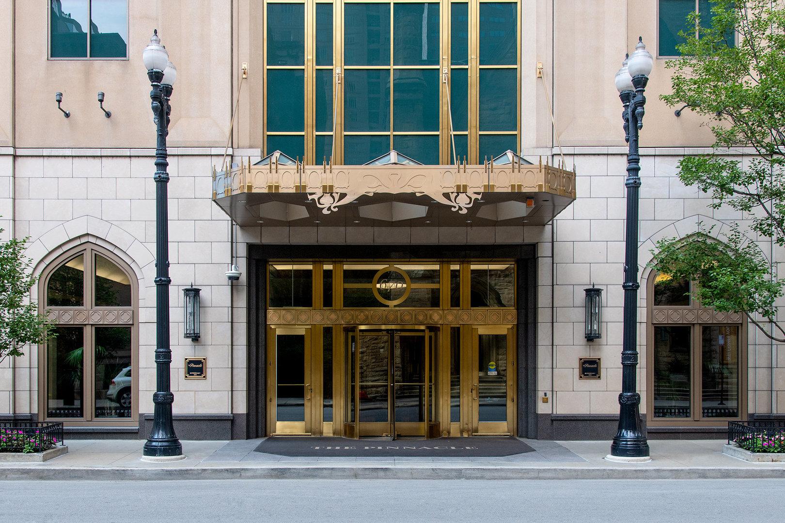 21 E Huron Street, Unit 4501, Chicago, Il 60611