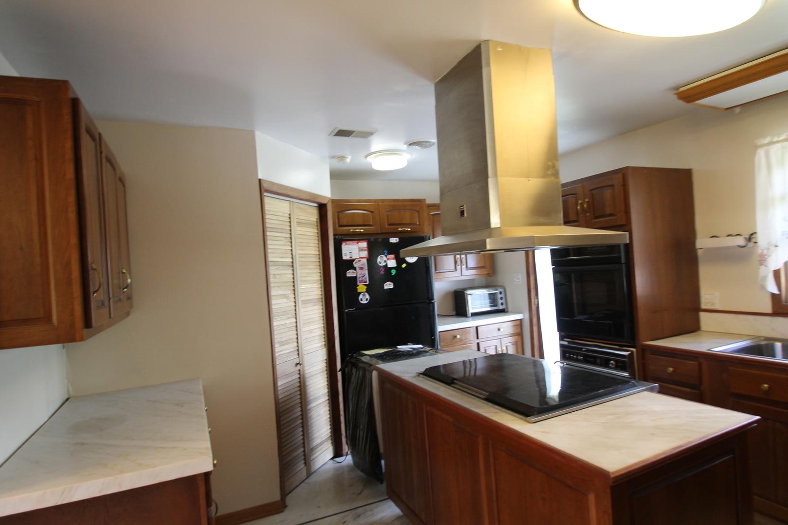 37633 North Frank, Spring Grove, Illinois, 60081