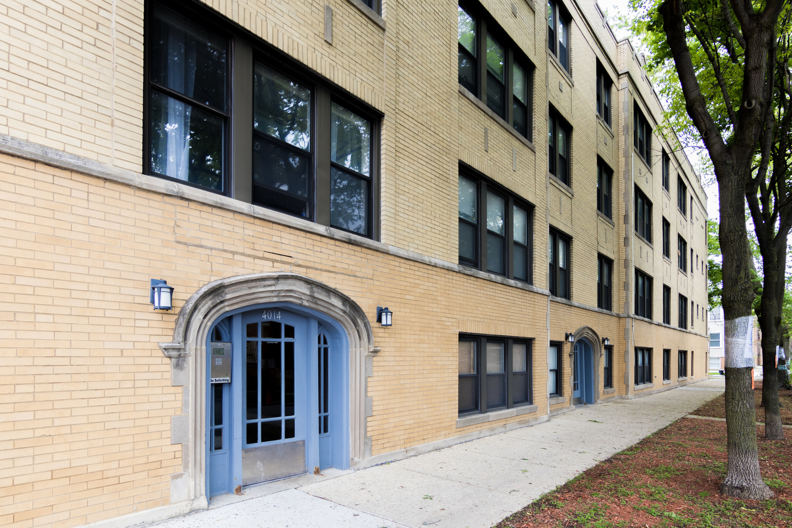 North Spaulding Ave., Chicago, IL 60618