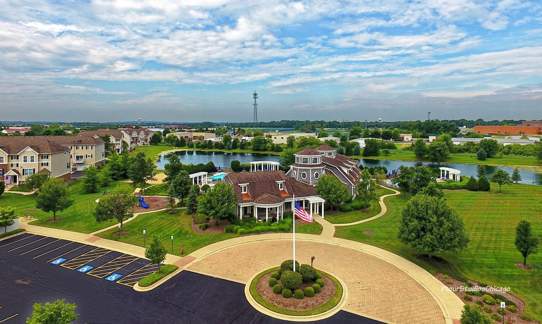 839 Shadowbrook, Oswego, Illinois, 60543