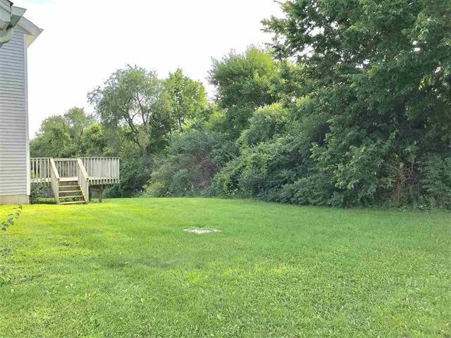 11372 LINDEN BLOSSOM, Roscoe, Illinois, 61073