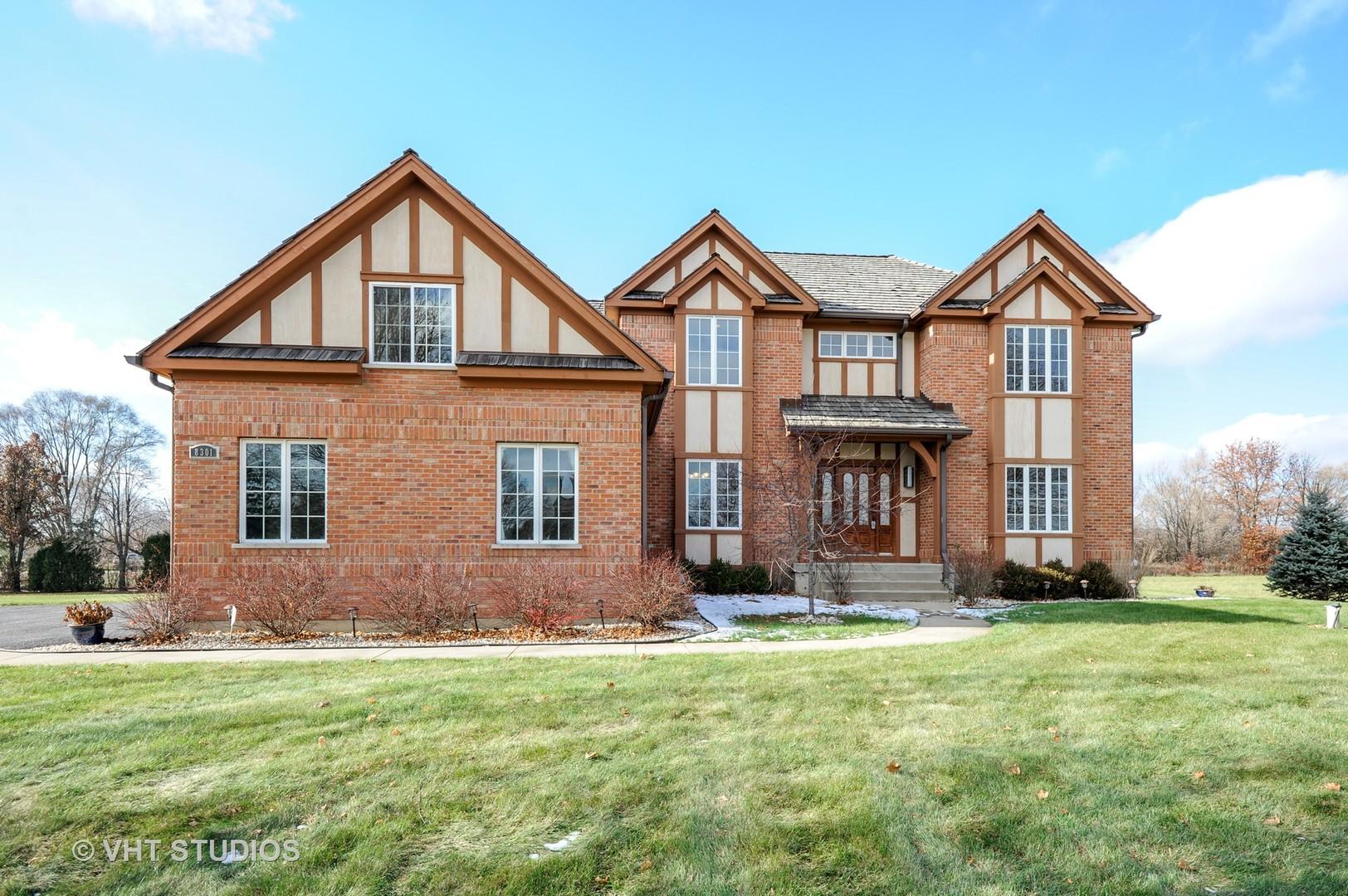 8301 Carriage Lane, Spring Grove, Illinois 60081