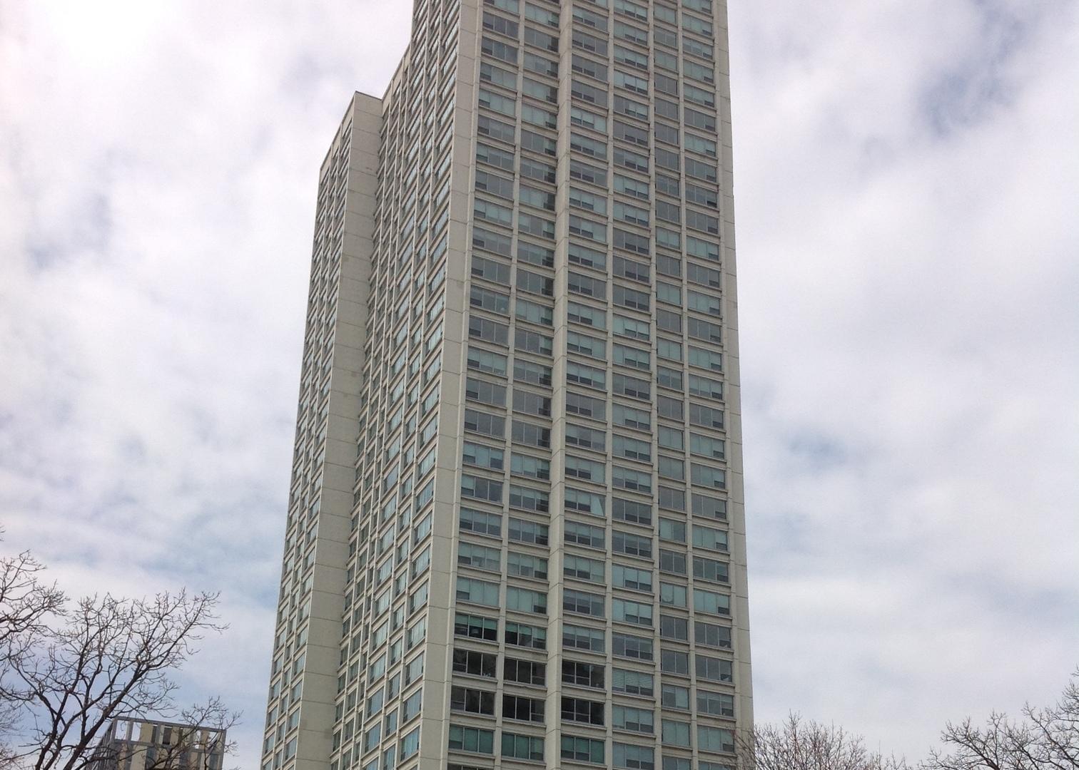 1700 E 56th Exterior Photo