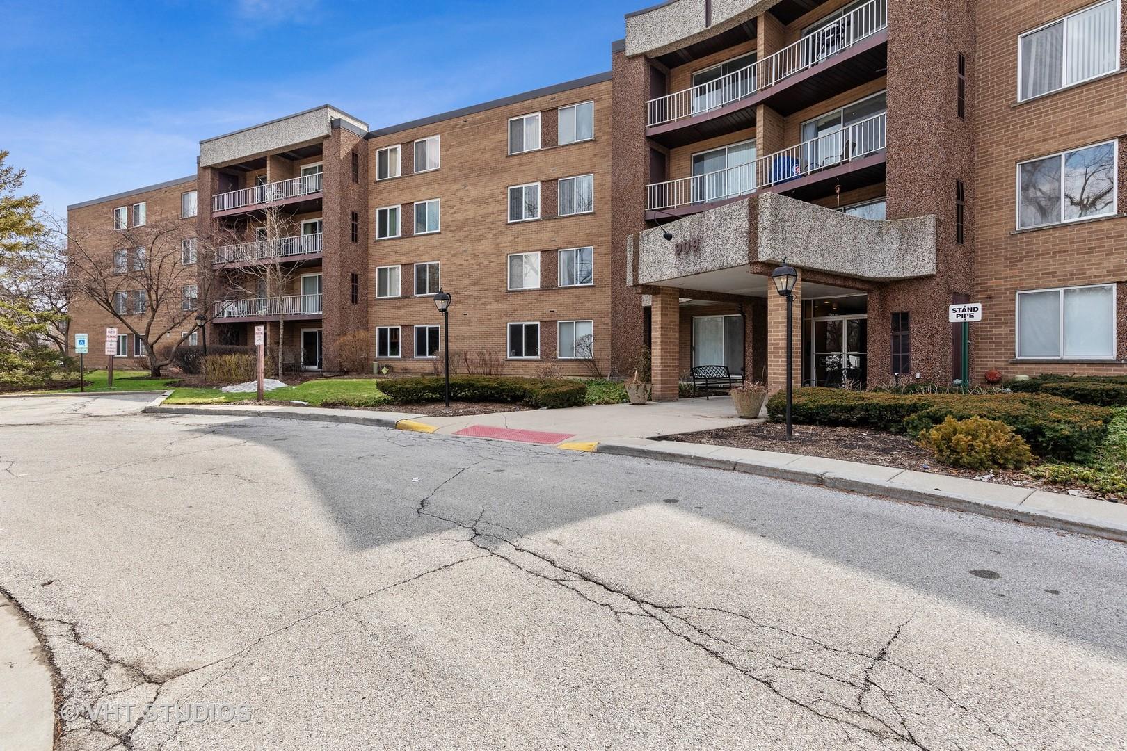East  Kenilworth Avenue, PALATINE, IL 60074