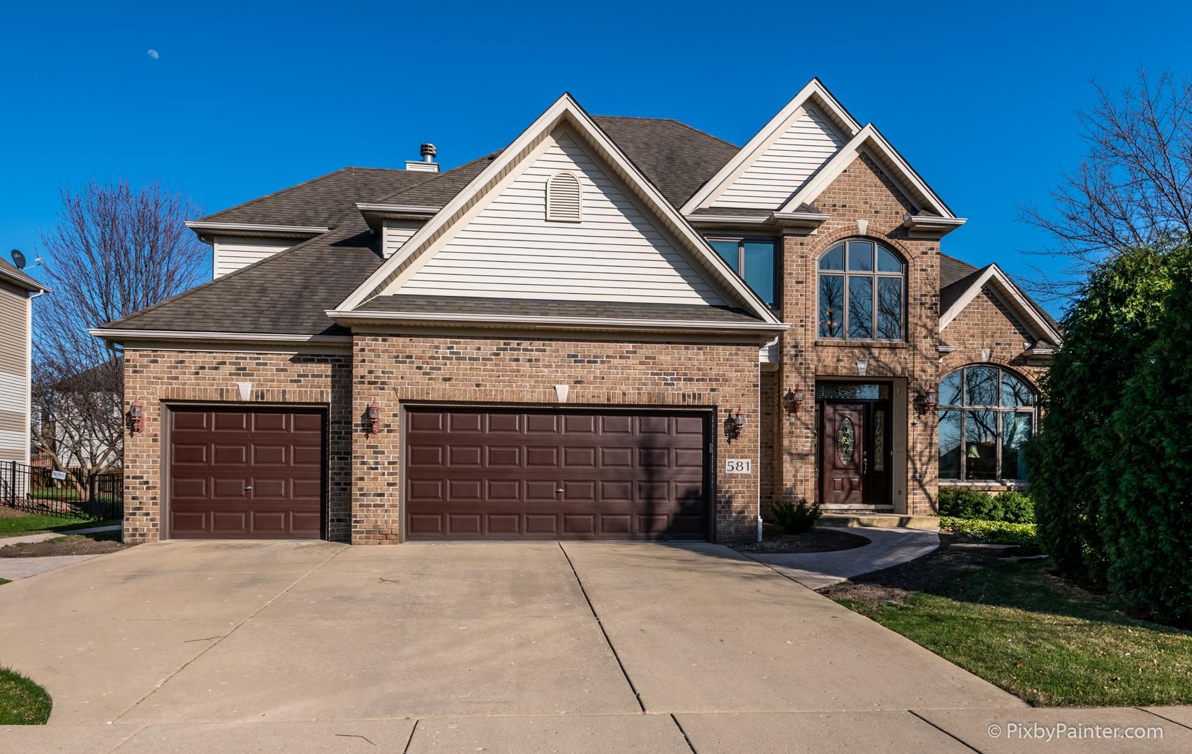 581 West Thornwood,  SOUTH ELGIN, Illinois