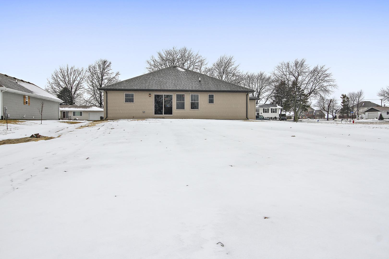 309 South Rathje, Peotone, Illinois, 60468