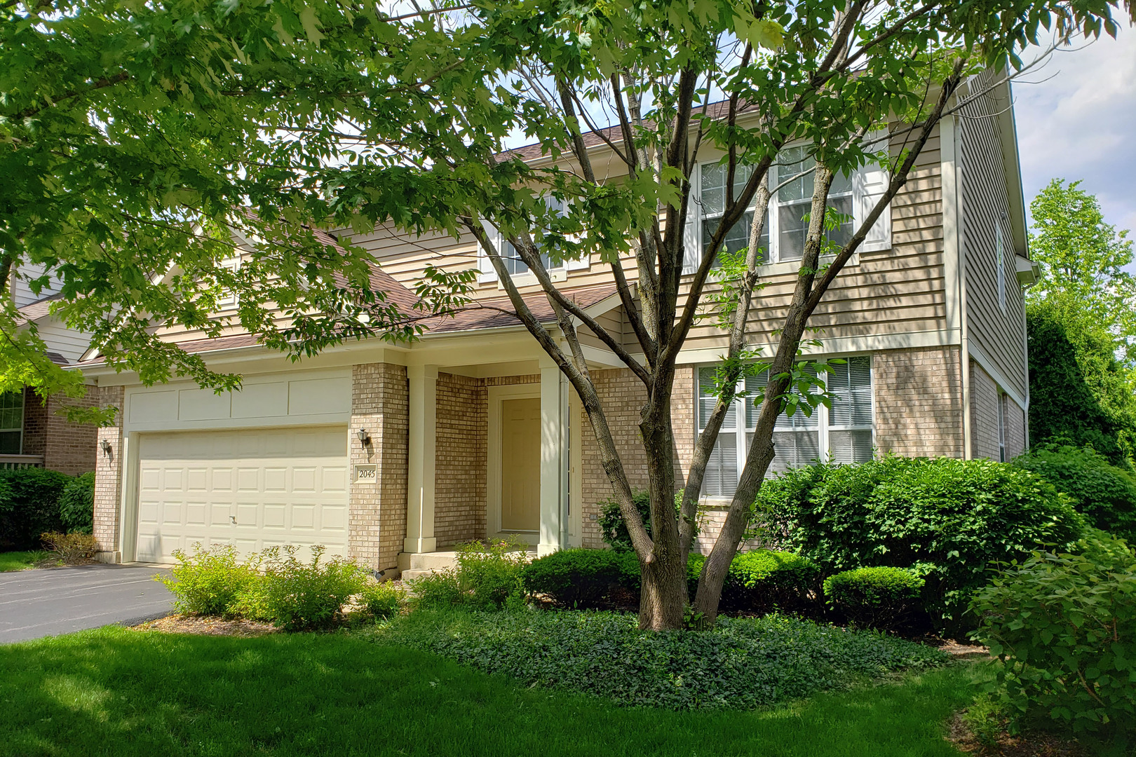 2045 Trevino Terrace, Vernon Hills, Illinois 60061