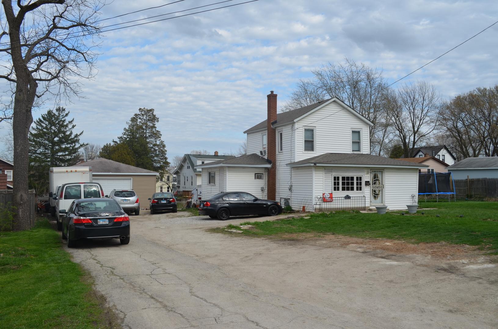 715-17 STATE, LEMONT, Illinois, 60439