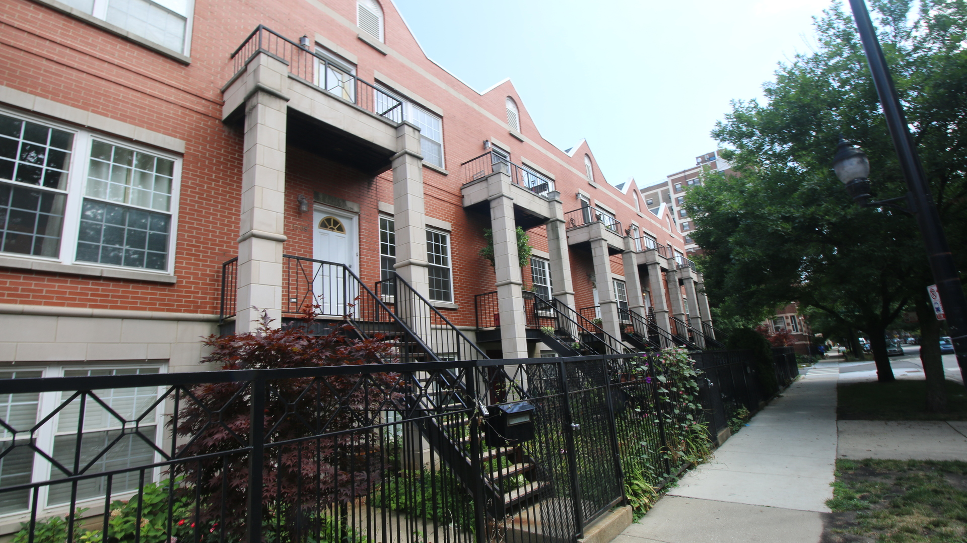 3 Townhouse in Rogers Park