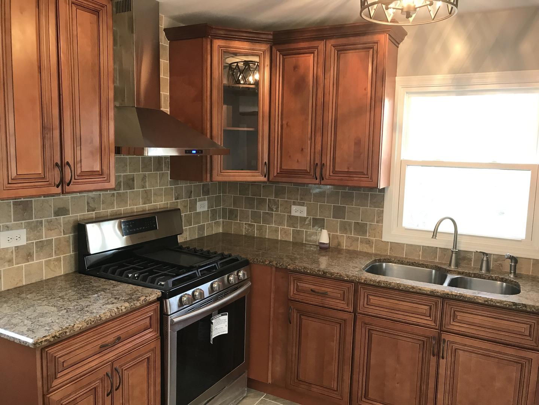 564 North Kendall, AURORA, Illinois, 60505