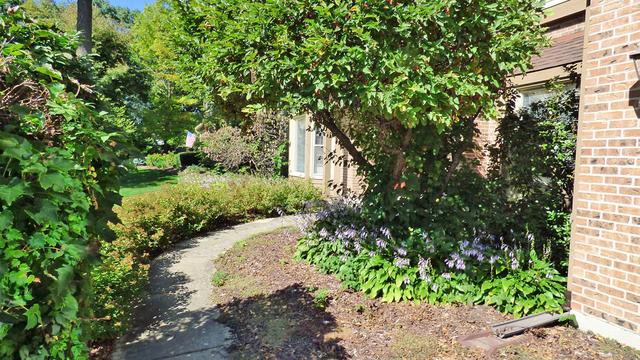 2006 Red Oak, St. Charles, Illinois, 60174