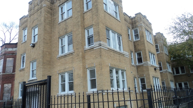 East 72nd St., CHICAGO, IL 60619