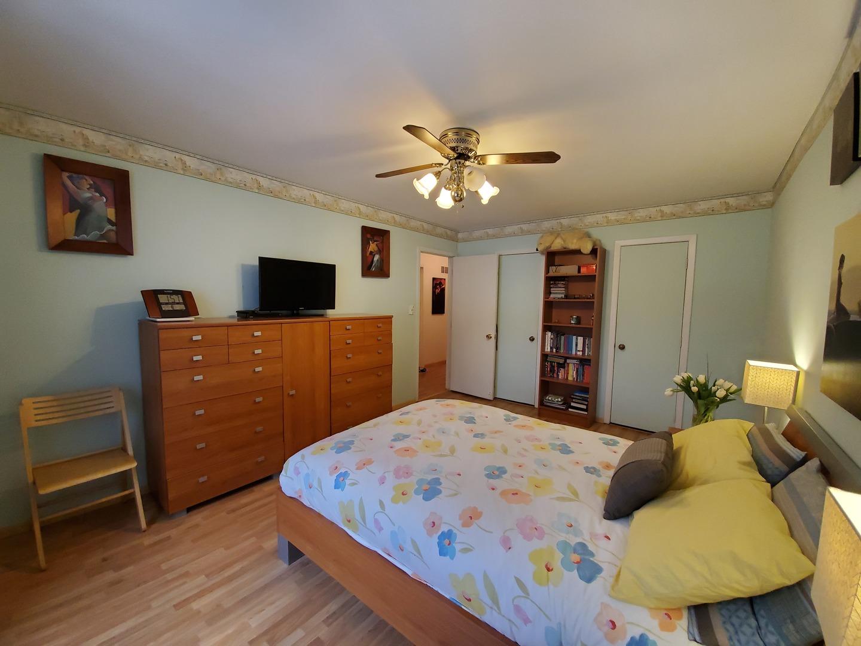 446 Harrison, Vernon Hills, Illinois, 60061