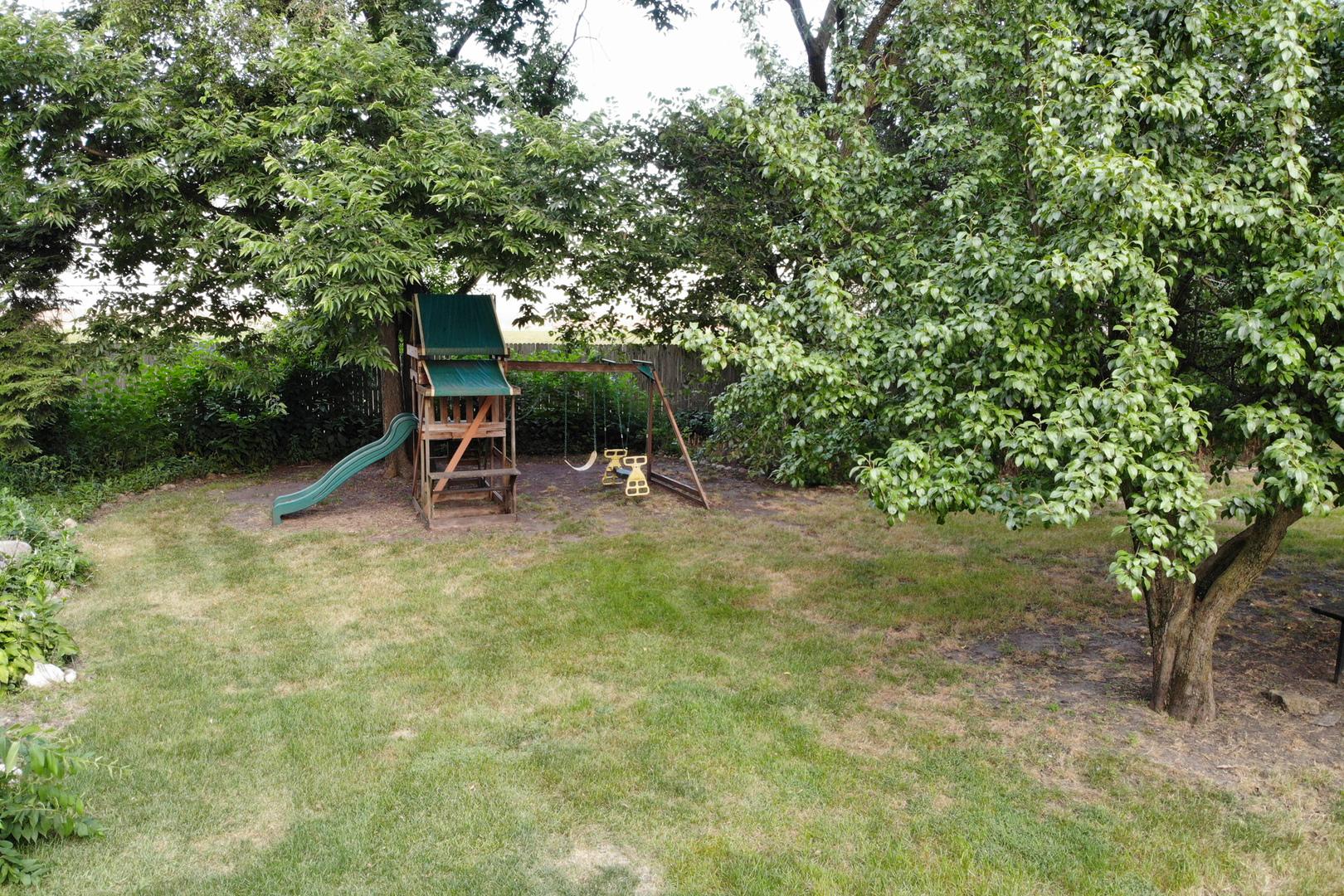 8101 Amber, Machesney Park, Illinois, 61115