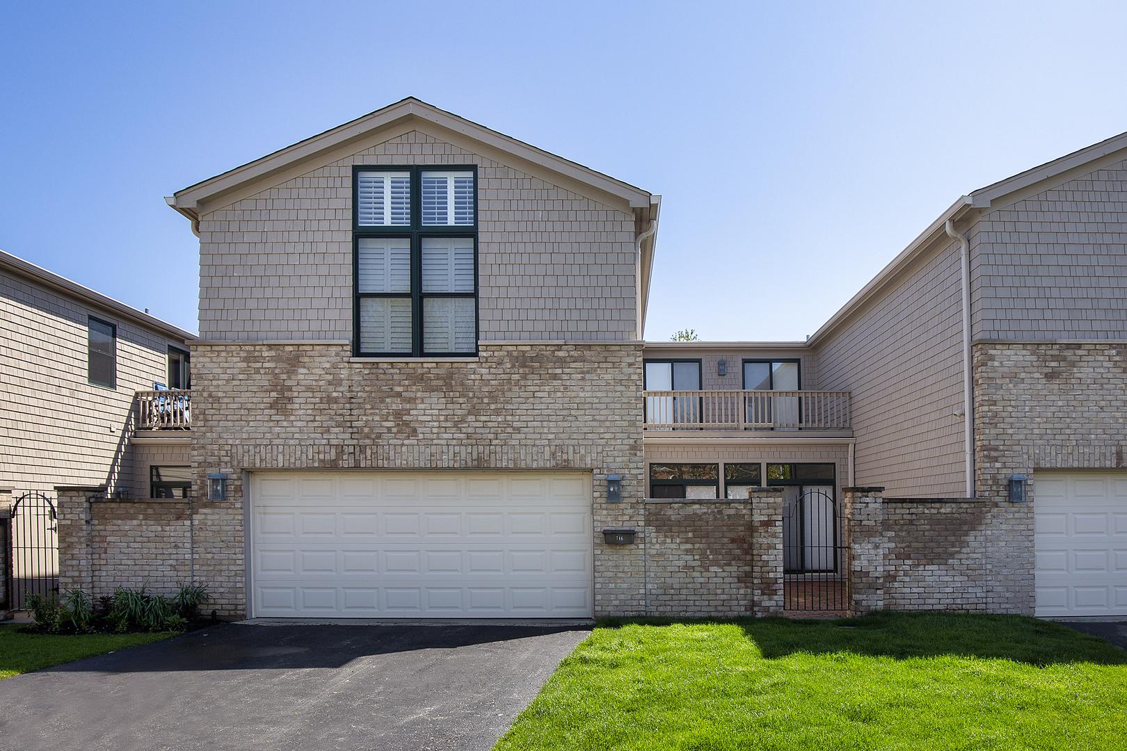 746 Lyster, Highwood, Illinois, 60040