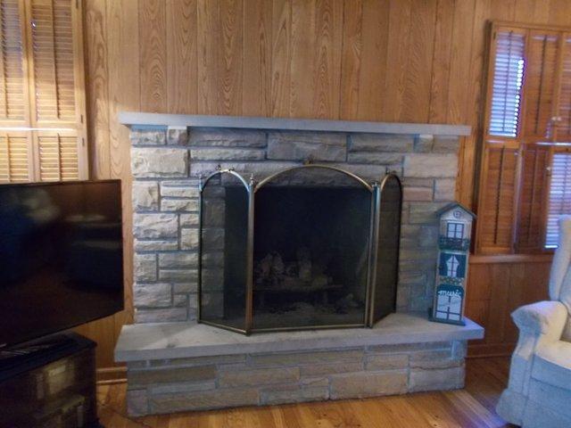 1325 HOLLYWOOD, Glenview, Illinois, 60025