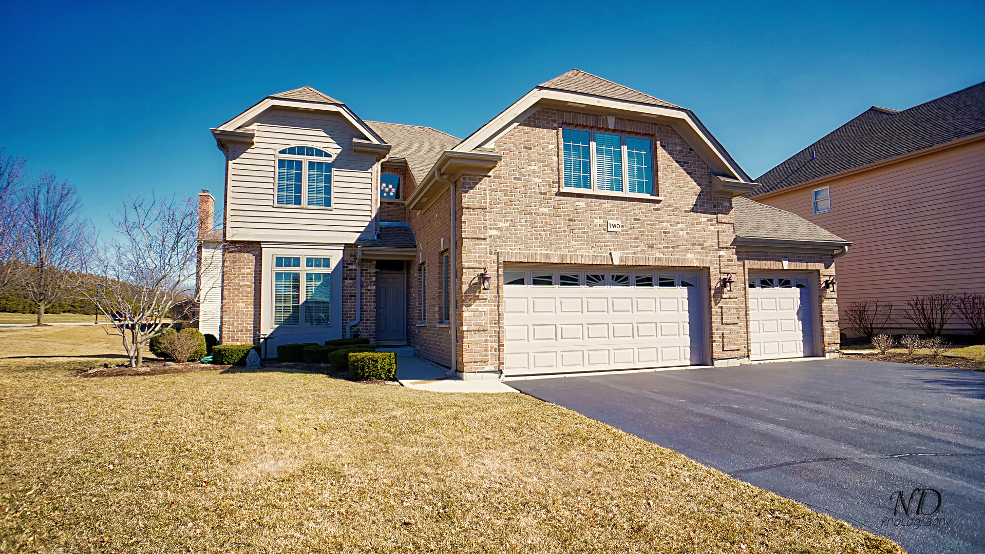 Property for sale at 2 Point O Woods Court, Lake In The Hills,  IL 60156