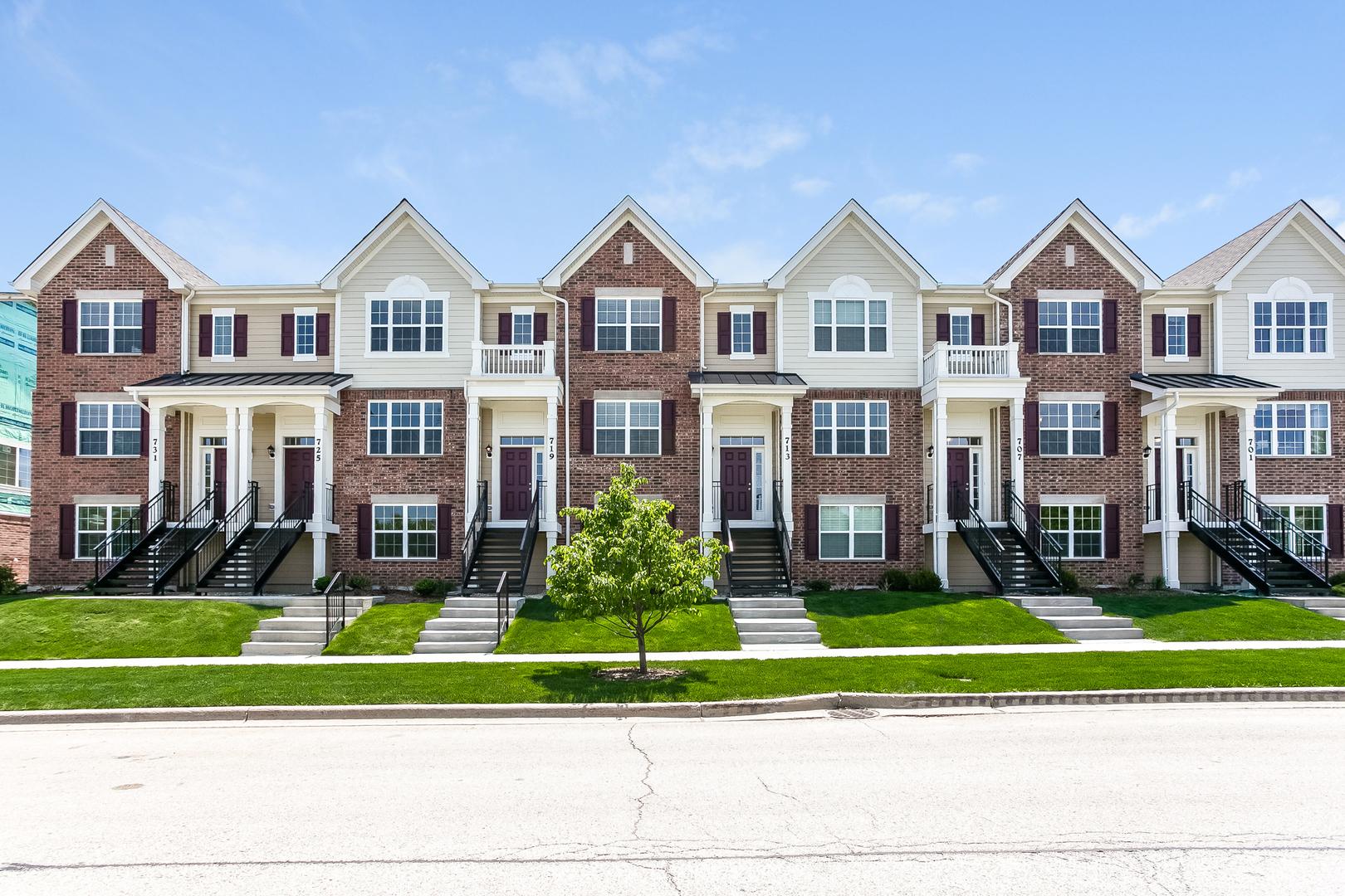 773 Hickory Street, Mundelein, Illinois 60060