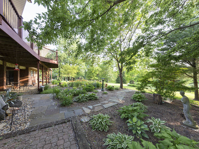 8522 North 2300 East, DOWNS, Illinois, 61736
