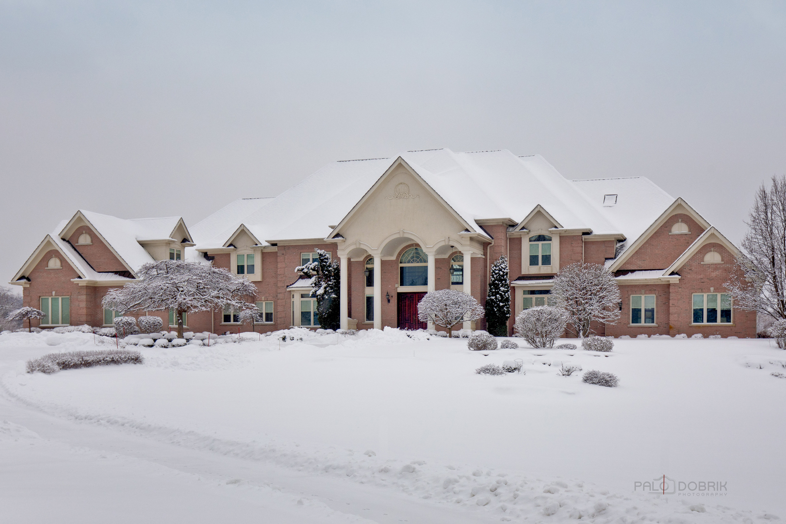 413 Caesar Drive, Barrington Hills, Illinois 60010