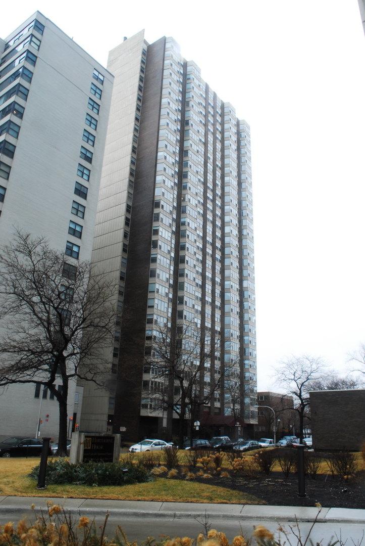 West  Hawthorne Place, CHICAGO, IL 60657