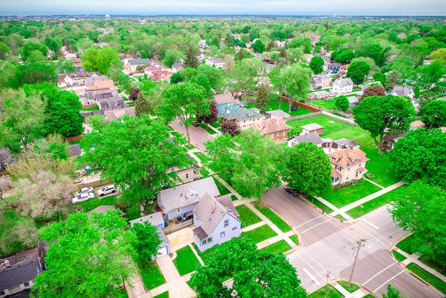 702 Jackson, AURORA, Illinois, 60505