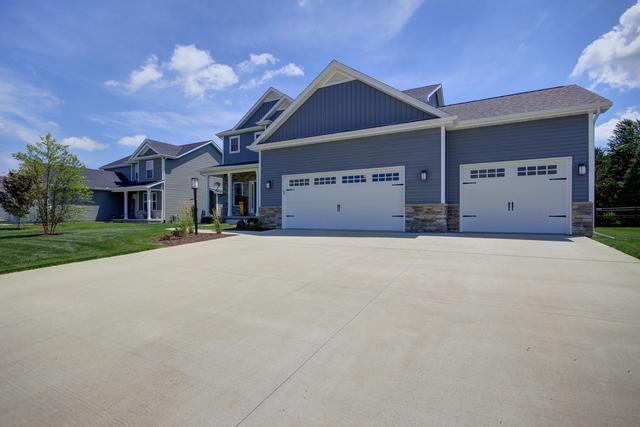 3009 Applewood, Monticello, Illinois, 61856