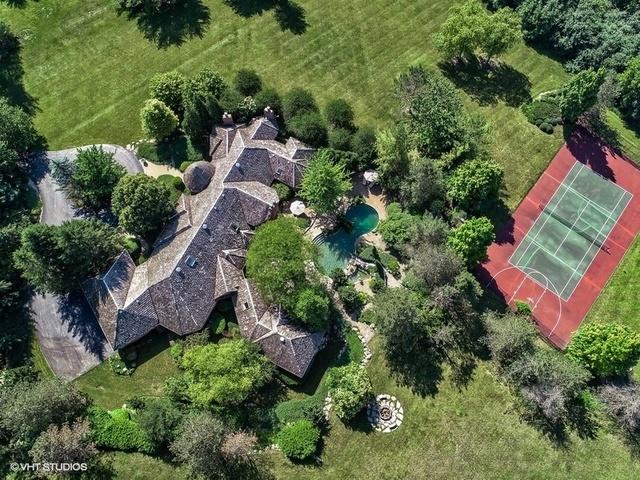 10 Oak Lake Drive, Barrington Hills, Illinois 60010