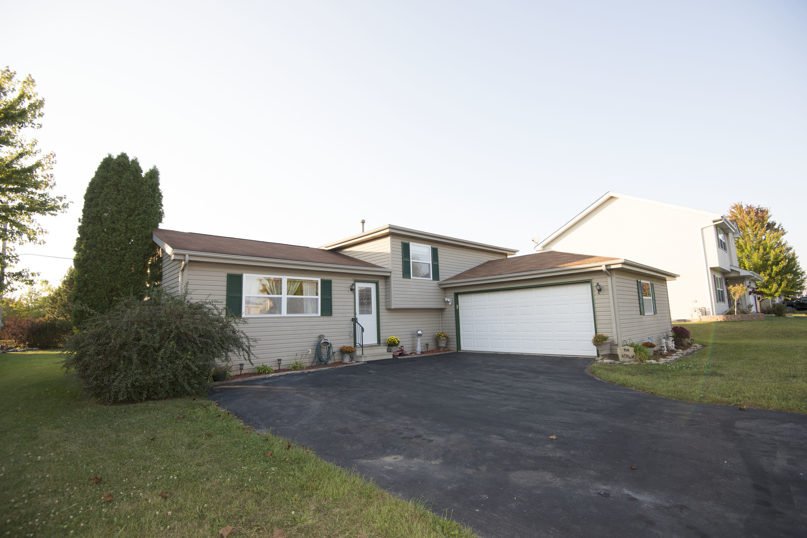 Property for sale at 917 Meadowbrook Road, Elwood,  IL 60421