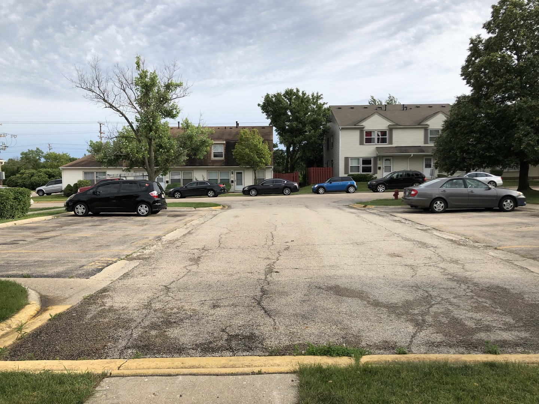 1712 Queensbury, Hoffman Estates, Illinois, 60169