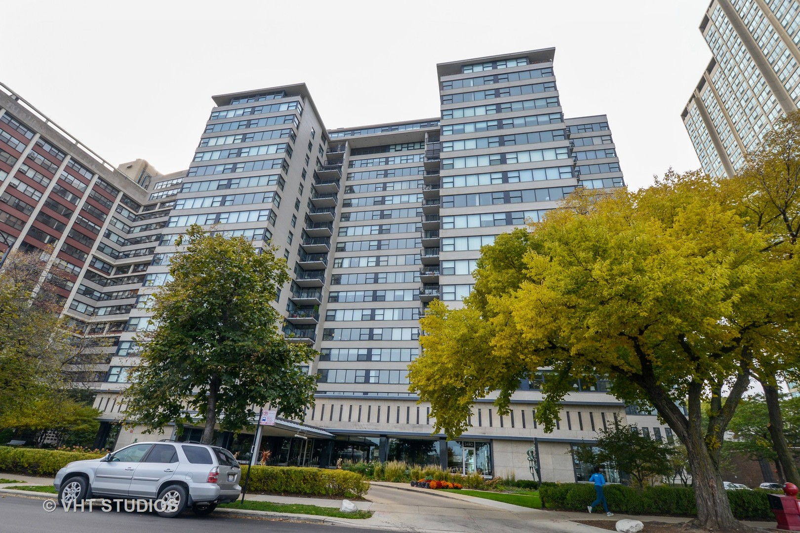 3430 N Lake Shore Exterior Photo