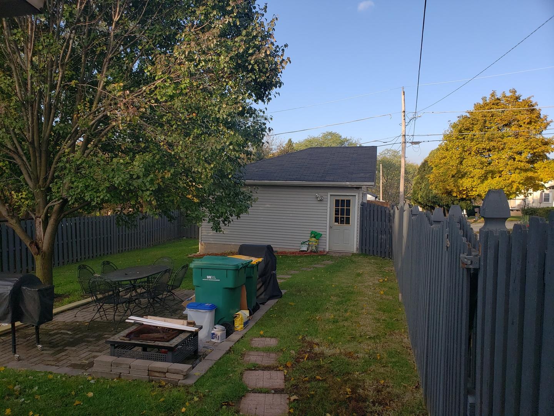 722 Ledochowski, LEMONT, Illinois, 60439
