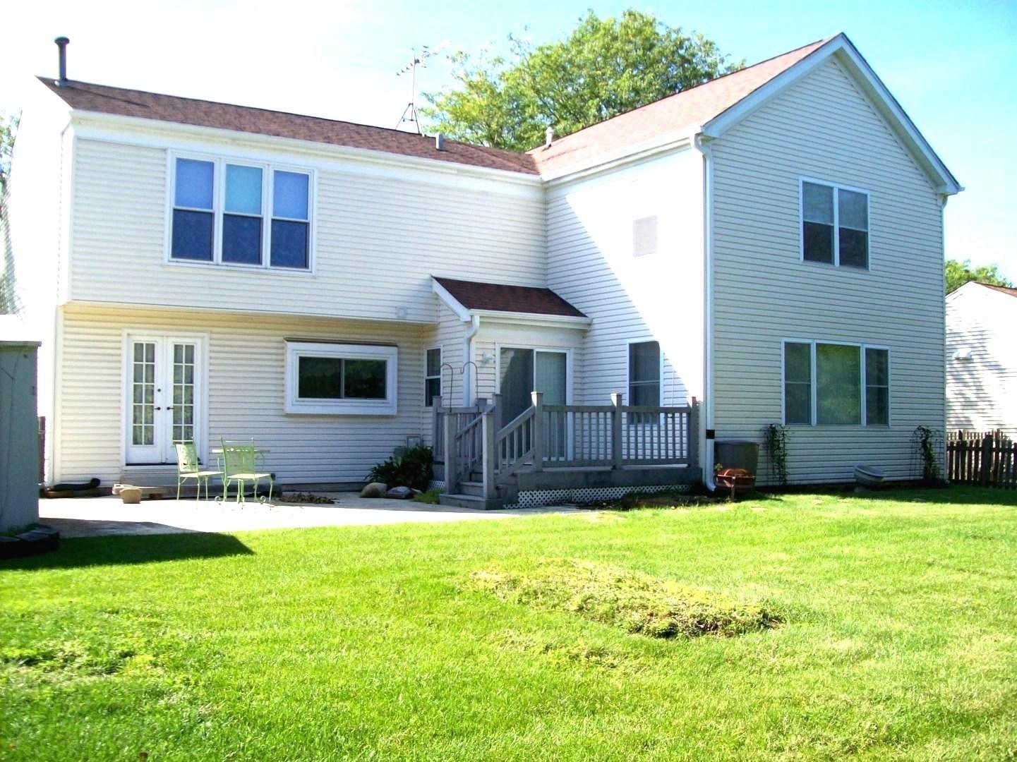 1102 Hyannis, Carol Stream, Illinois, 60188