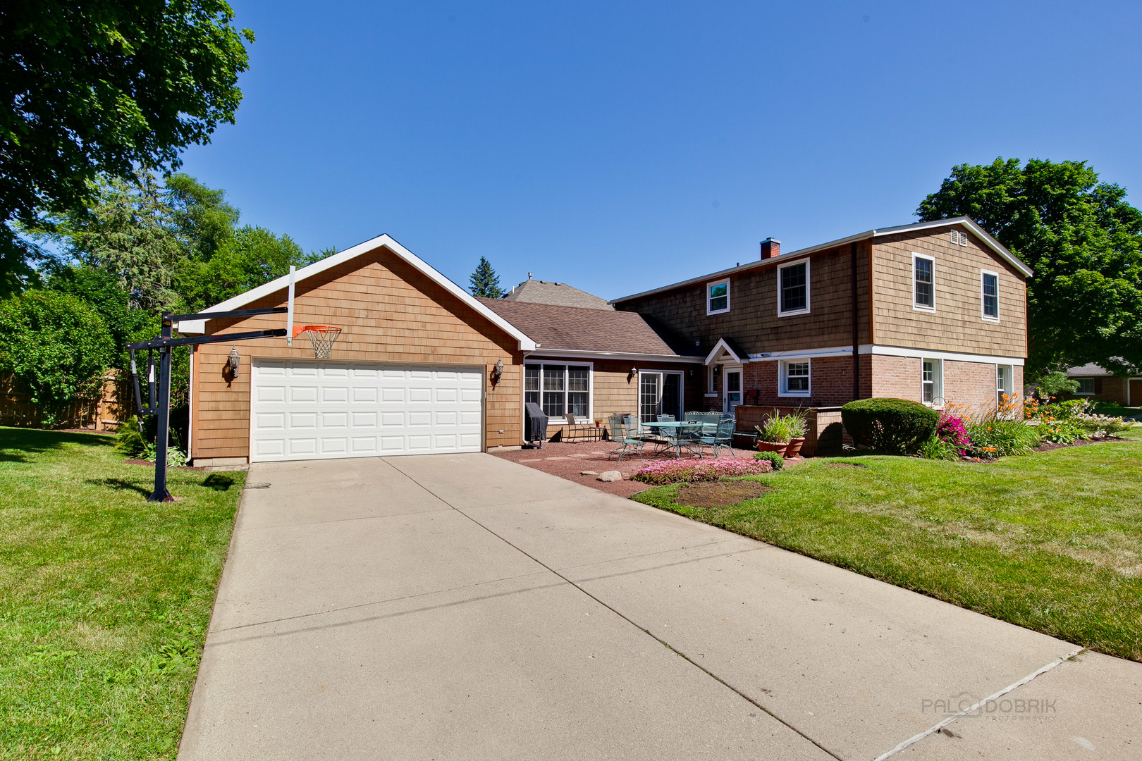700 East Rockland Road, Libertyville, Illinois 60048