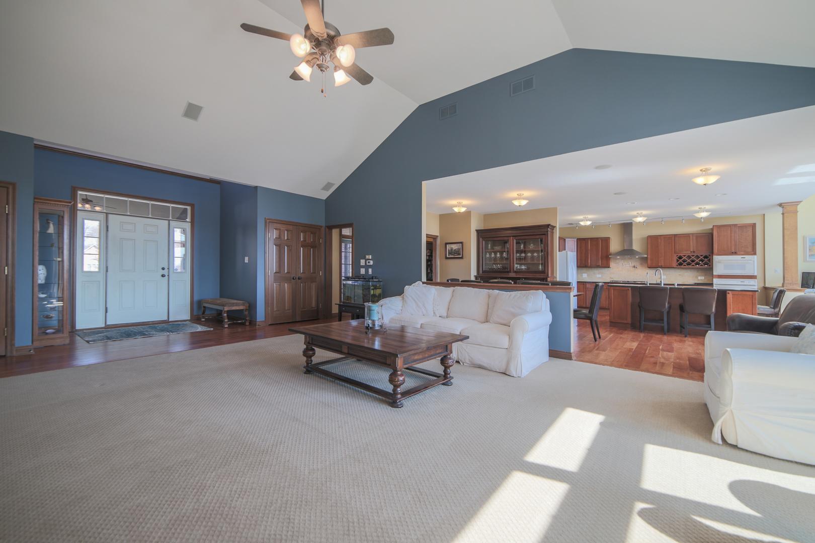 58 South Royal Oaks, Bristol, Illinois, 60512