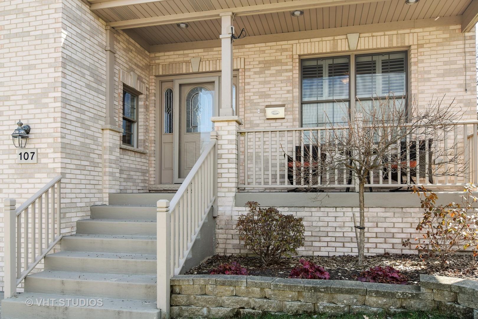 107 West Maple, ROSELLE, Illinois, 60172