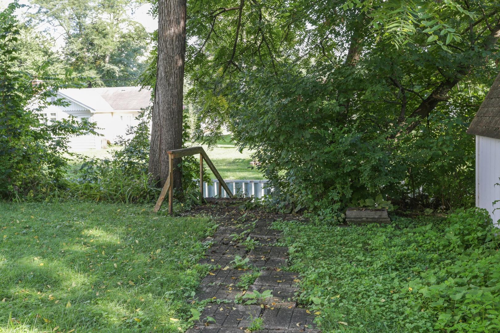 1527 North Harrison, Algonquin, Illinois, 60102