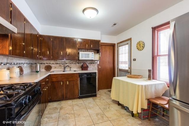 180 Pleasant, Hoffman Estates, Illinois, 60169