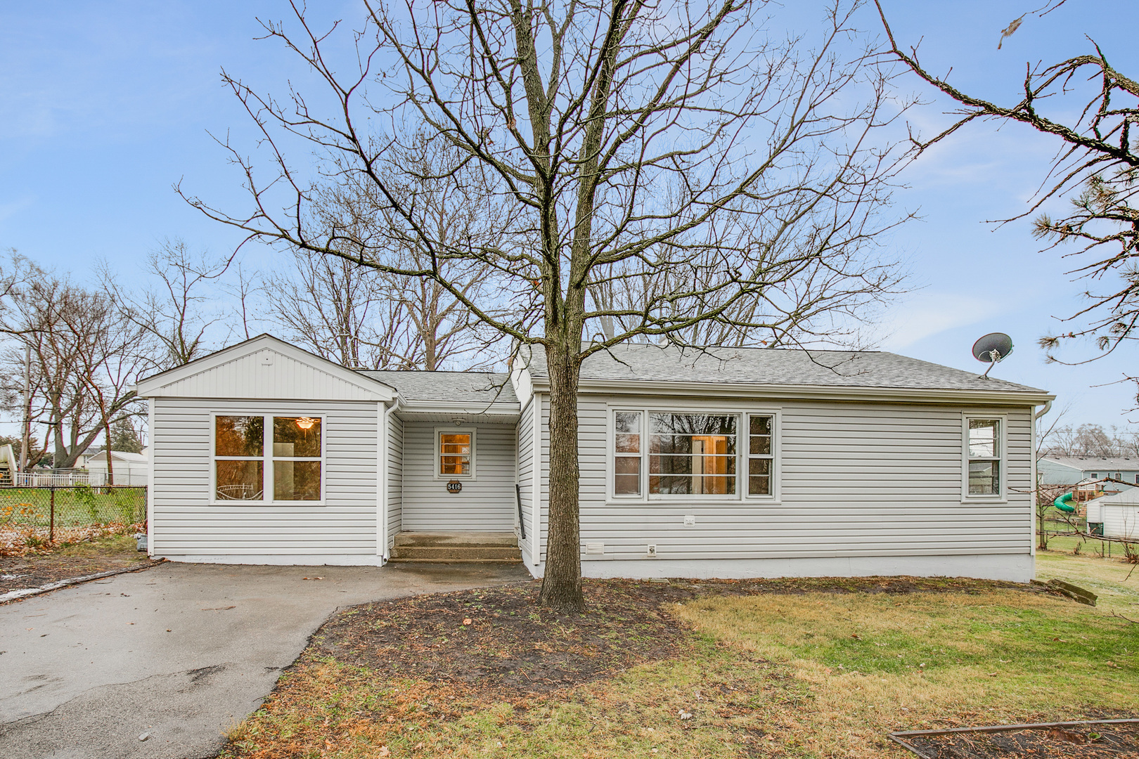 5416 N Highland Drive, Mchenry, Il 60050