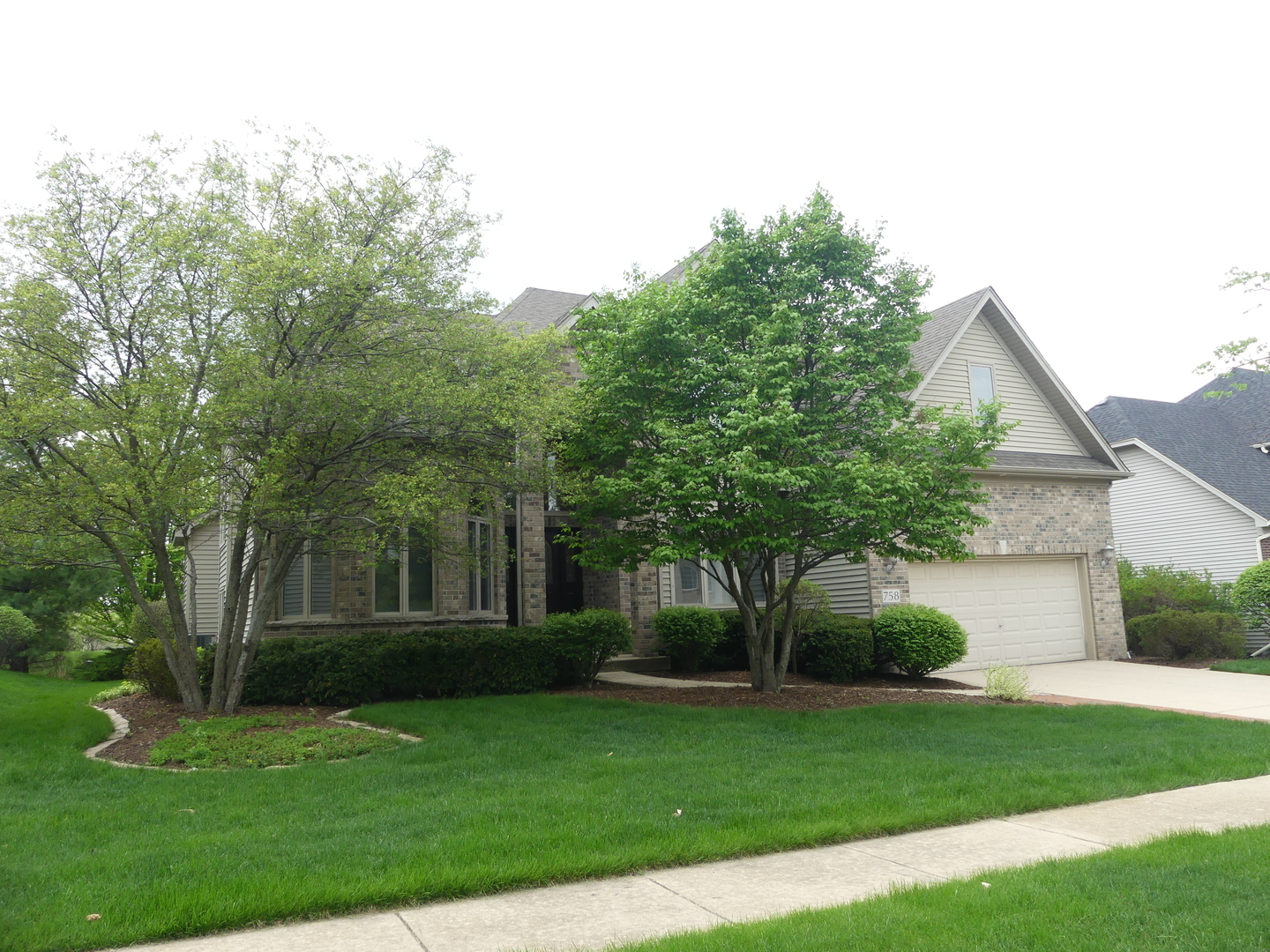 758  Chasewood,  SOUTH ELGIN, Illinois