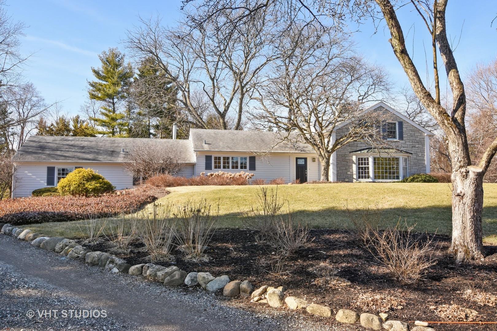 Barrington Hills, Illinois 60010