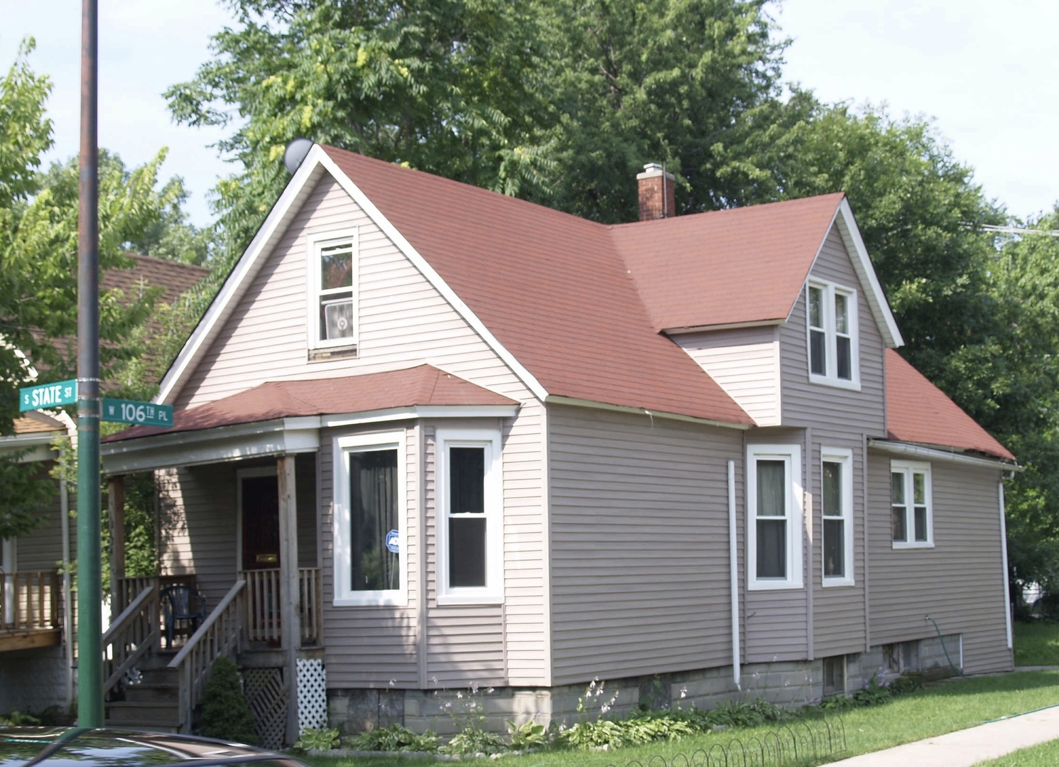 10634 S State Exterior Photo