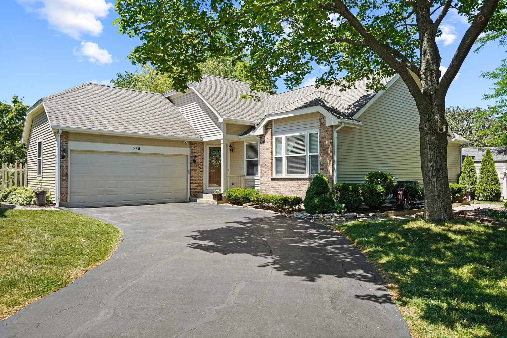 575 Crystal Springs Court, Lake Zurich, Il 60047