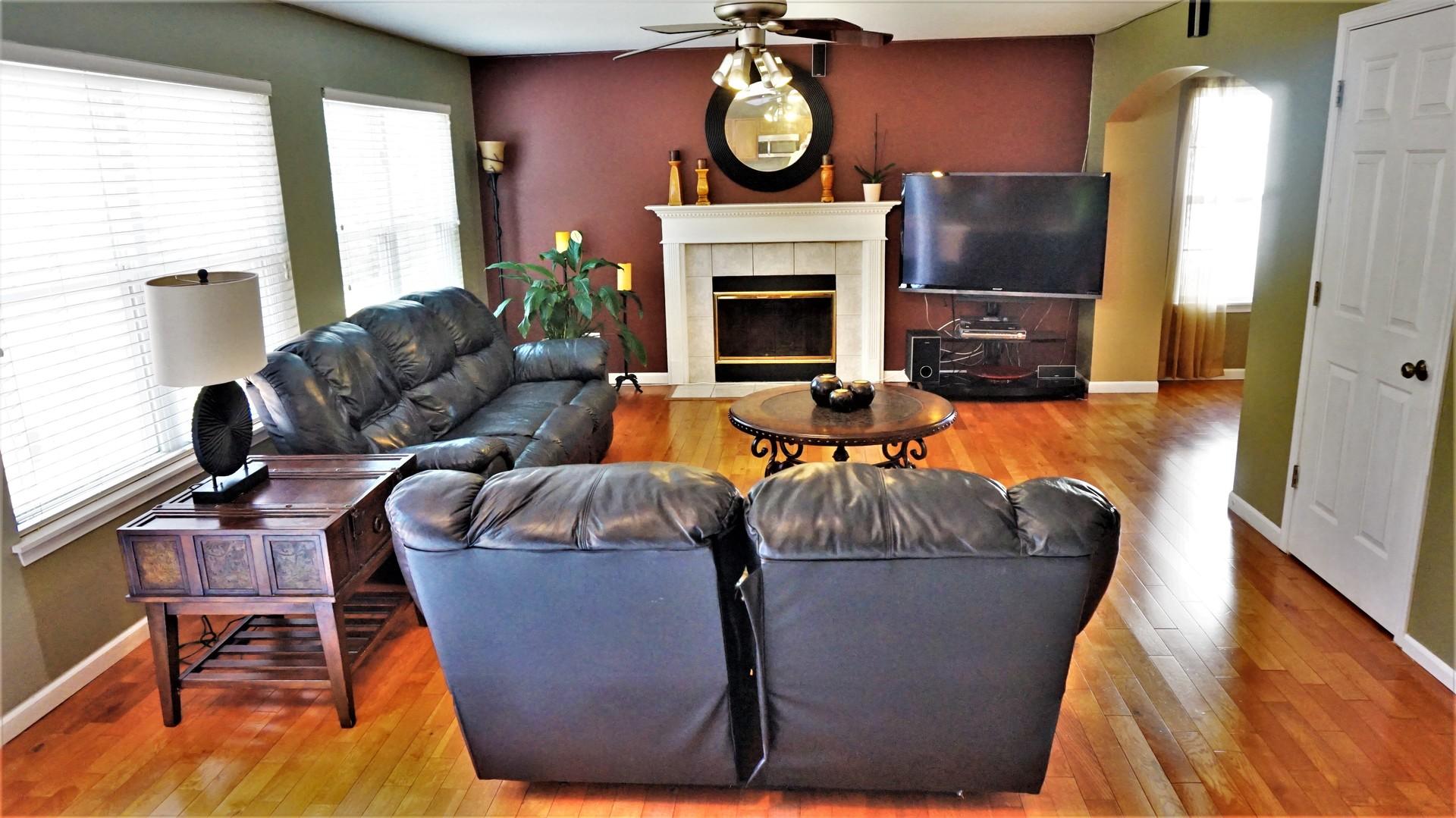 545 Jackson, Grayslake, Illinois, 60030