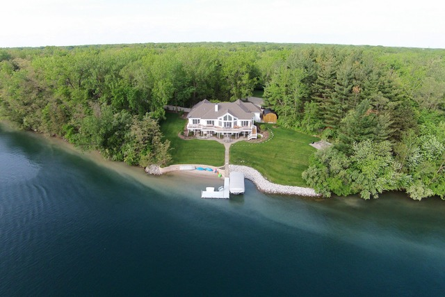 Property for sale at 2055 Island Drive, Morris,  IL 60450