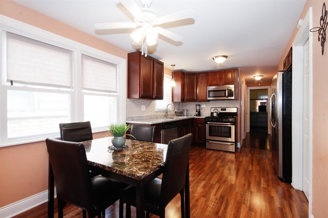 8927 South PARNELL, CHICAGO, Illinois, 60620
