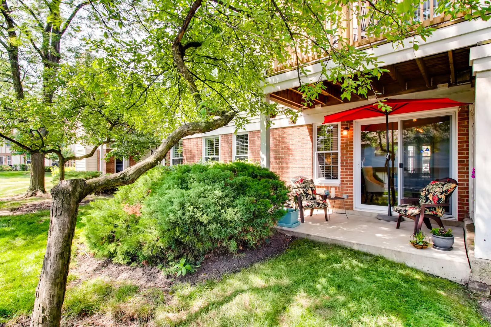 1934 Quaker Hollow, STREAMWOOD, Illinois, 60107