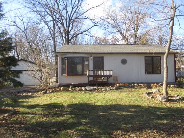 7613 Carleton Drive, Spring Grove, Illinois 60081